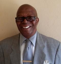 Hosiah Mamabolo, estate agent