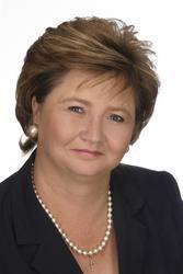 Magda Swanepoel, estate agent