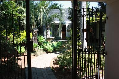 Property For Sale in Waverley, Pretoria