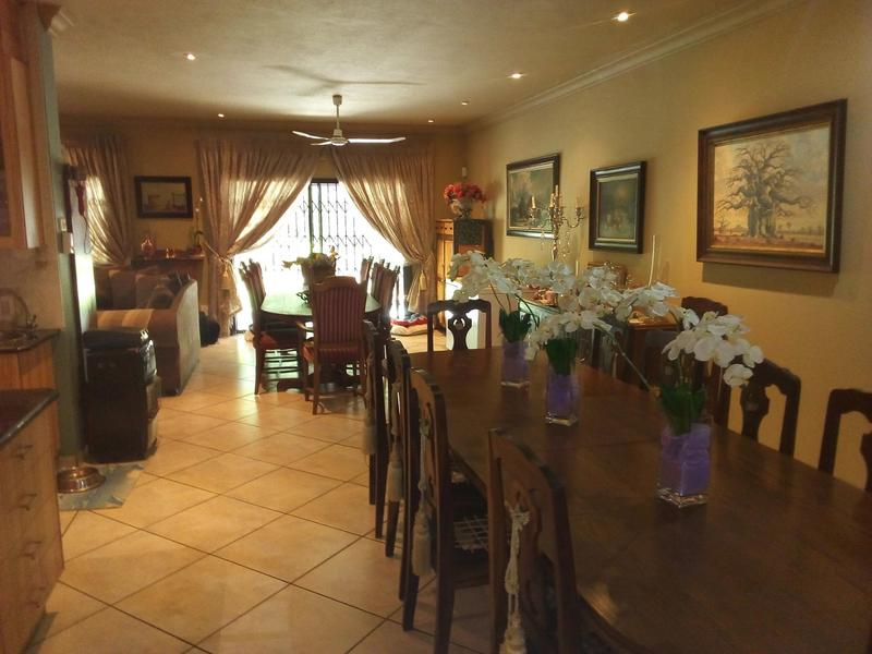 Property For Sale in Waverley, Pretoria 11