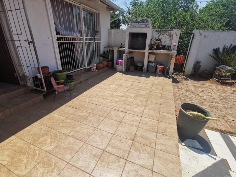 Property For Sale in Wonderboom South, Pretoria 20