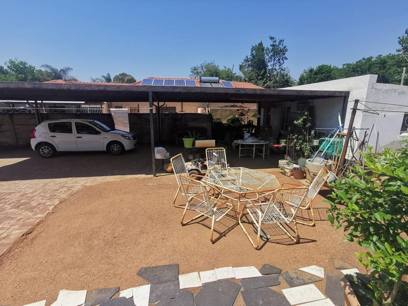 Property For Sale in Wonderboom South, Pretoria 21